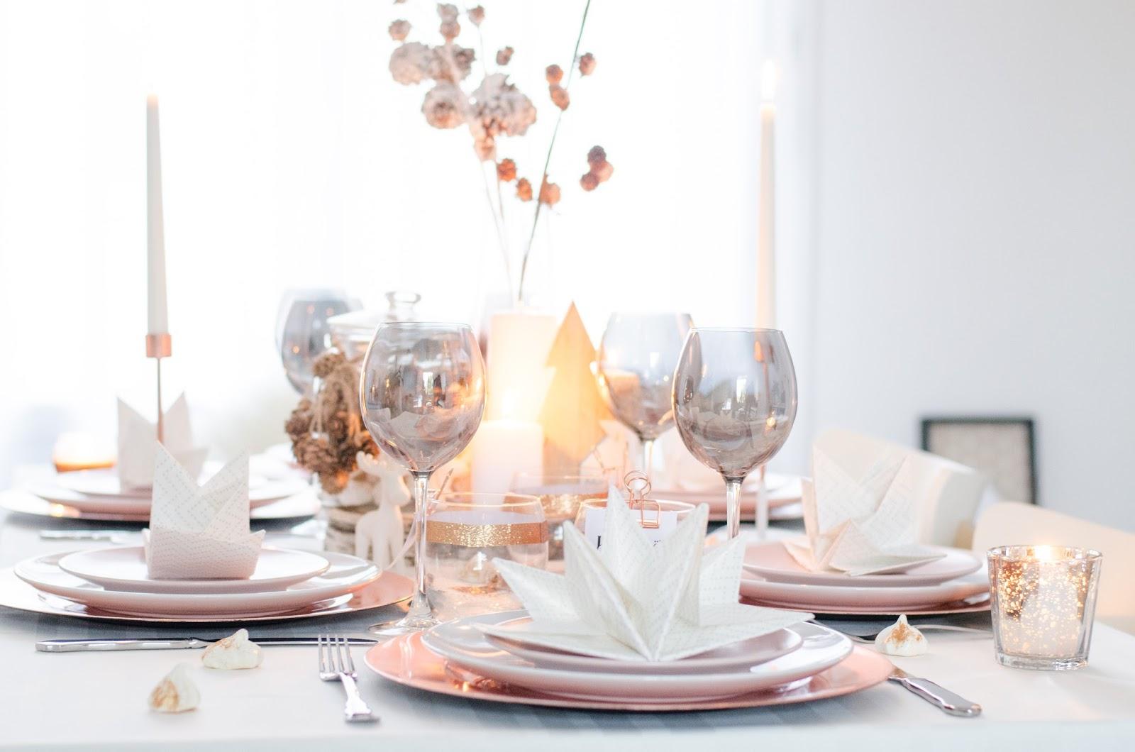 Table de fêtes paillettes et rose gold (concours terminé)
