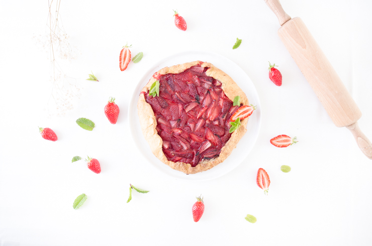Tarte rustique aux fraises en Vidéo