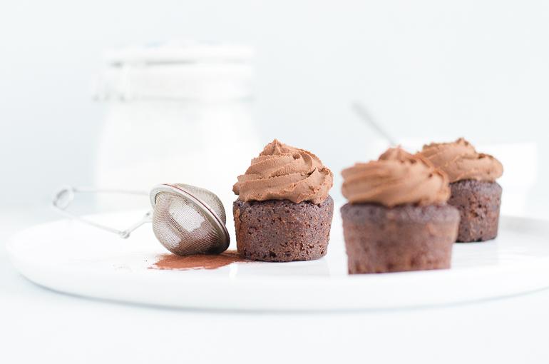Cupcakes tout chocolat à la ganache montée